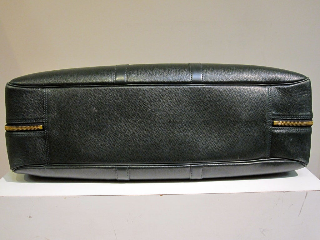 Louis Vuitton Epi Leather Travel Bag in Forest Green image 7