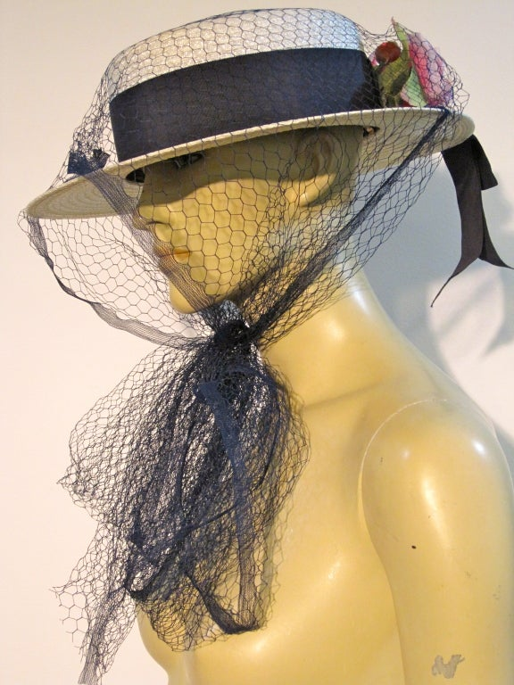 50s Coralie White Straw Boater with Flower and Tulle Veil For Sale 1