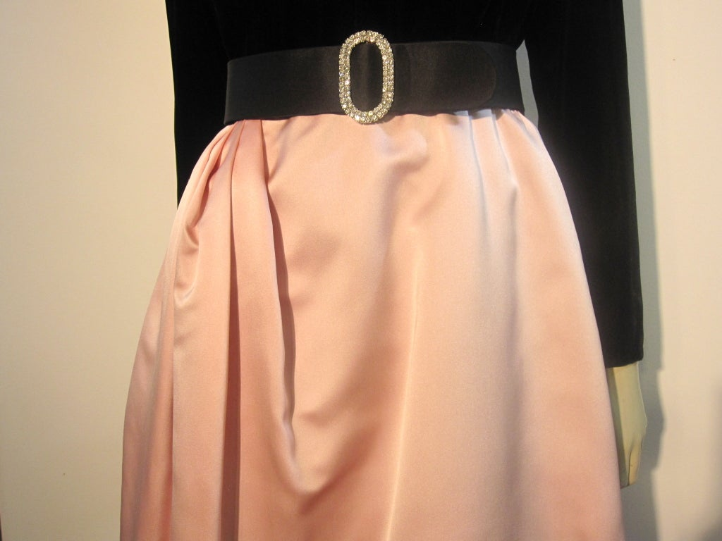 Bill Blass Velvet and Satin Tulip Skirt Belted Gown 8