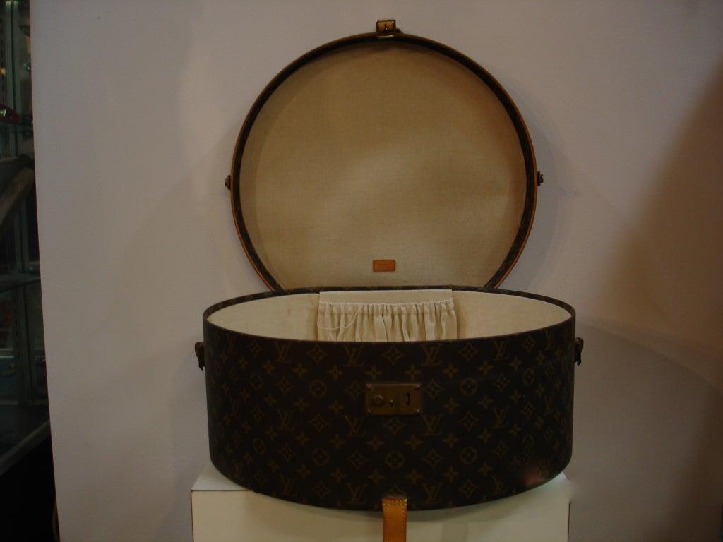 1970's Louis Vuitton Hardcase Hat Box 4