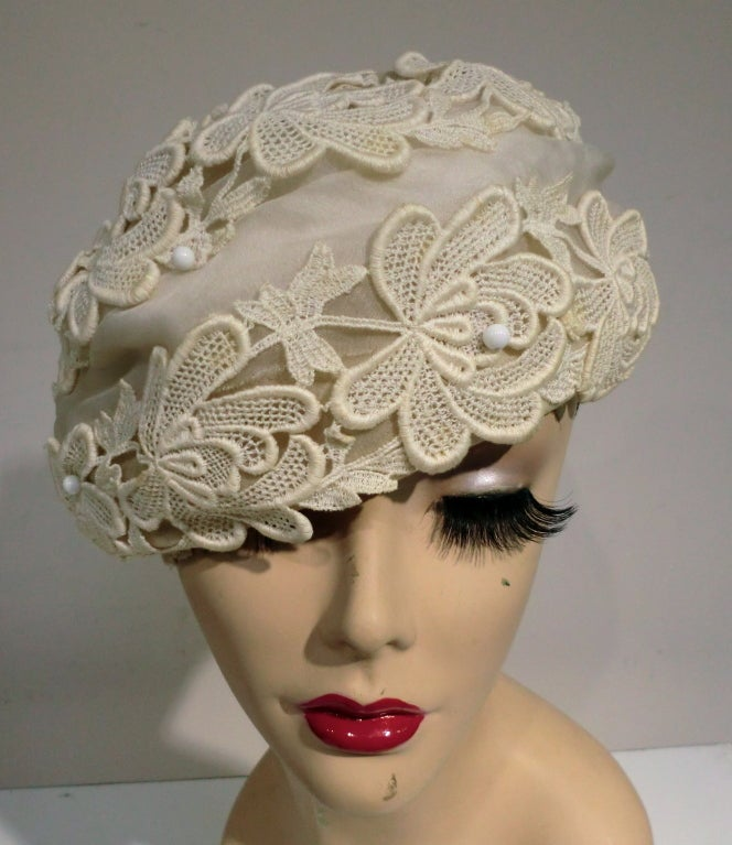 1950's Schiaparelli Organza and Lace Hat 2