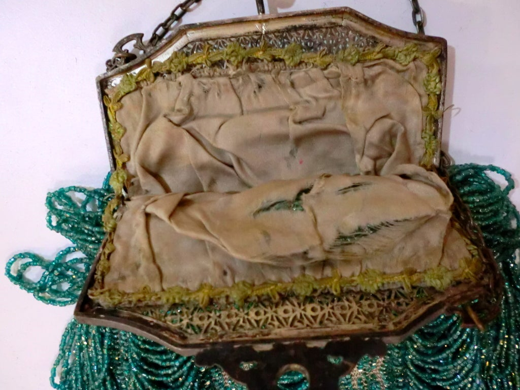 1920s Beaded Frame Evening Bag in Turquoise Beads 6