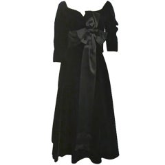 50s Mollie Parnis Black Velvet Cocktail Dress w/ Wide Satin Bow