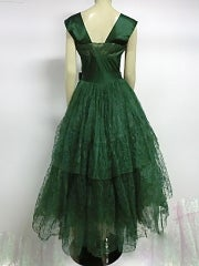 50s Kelly Green Silk Chantilly Lace and Satin Tea Length Gown thumbnail 4