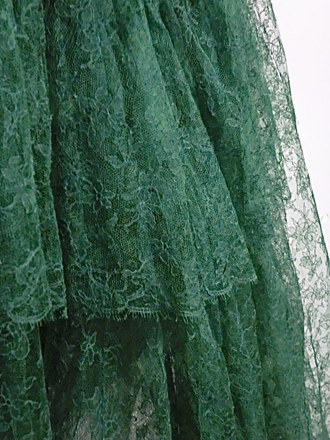 50s Kelly Green Silk Chantilly Lace and Satin Tea Length Gown 5