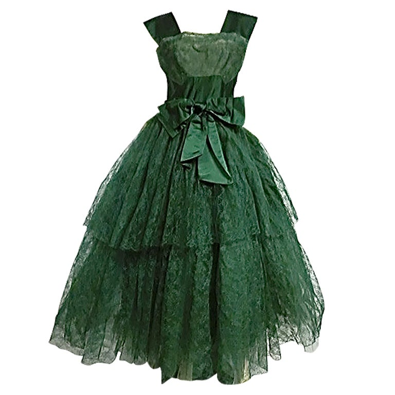50s Kelly Green Silk Chantilly Lace and Satin Tea Length Gown 1