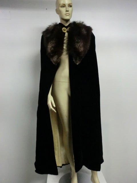 30s Black Silk Velvet Opera Cape w/ Removable Fox Fur Collar image 2