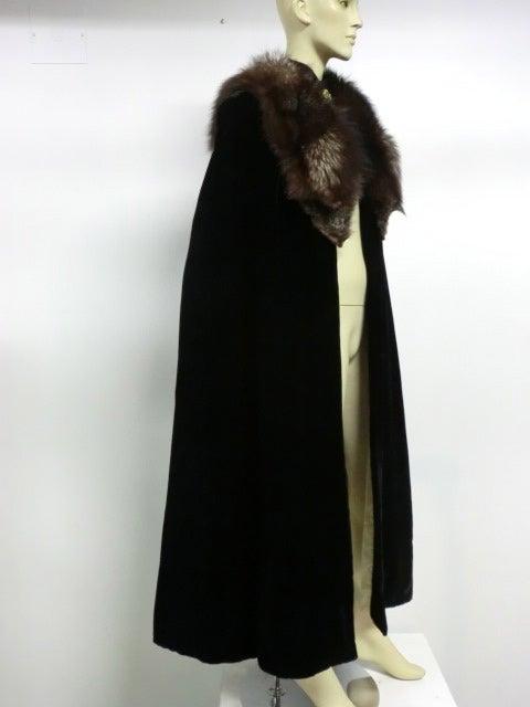 30s Black Silk Velvet Opera Cape w/ Removable Fox Fur Collar 4