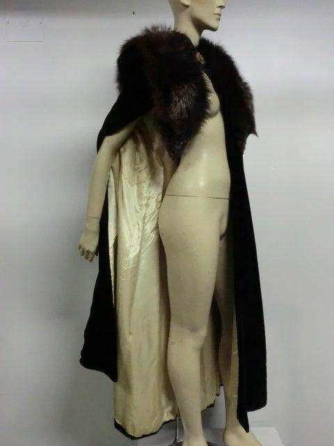 30s Black Silk Velvet Opera Cape w/ Removable Fox Fur Collar 5