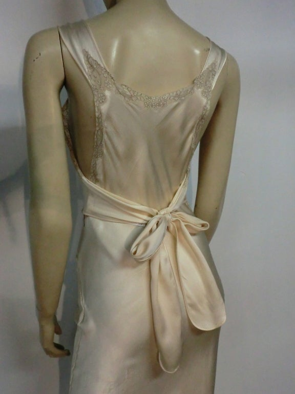 30s Bias Silk Satin Nightgown in Ecru with Lace 6