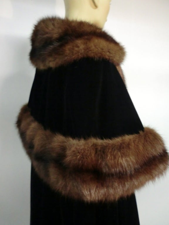1950s Mainbocher Couture Velvet and Sable Trimmed Evening Cape 5