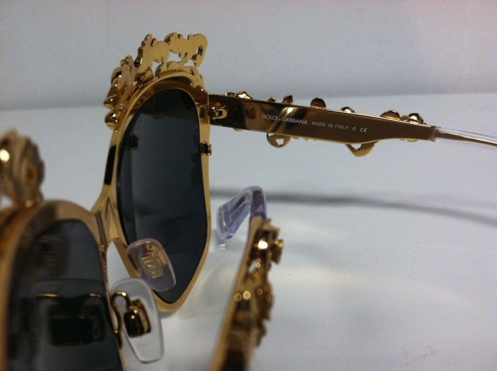 Dolce & Gabbana Gold Plated Floral Embellished Sunglasses - Mint For Sale 2