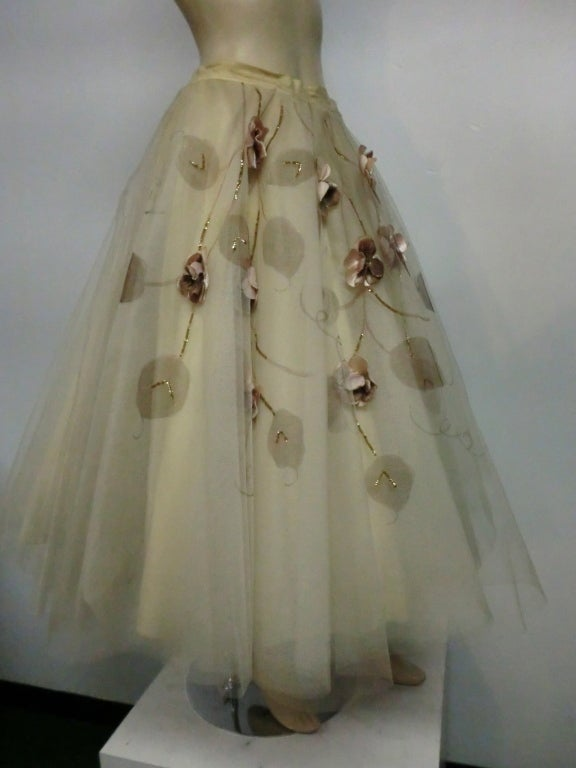 50s Full Tulle Skirt with Silk Flower and Leaf Applique 3