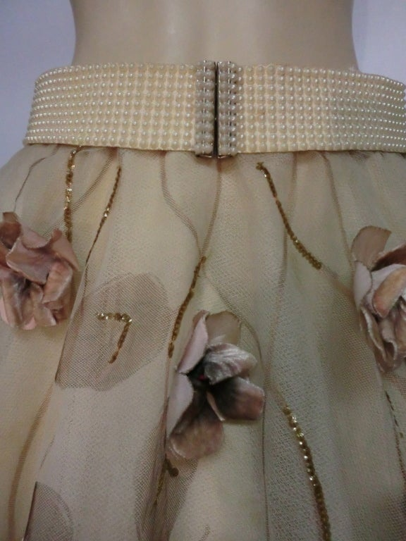 50s Full Tulle Skirt with Silk Flower and Leaf Applique 8