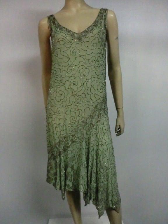 1920 S Art Deco Mint Green Silk Asymmetrical Beaded Tea