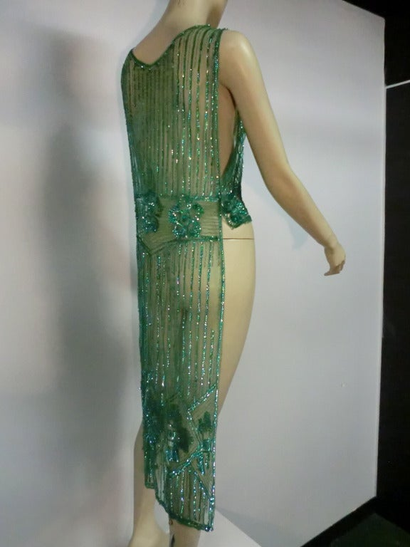 1920's Art Deco Vivid Green Sequined Tabard Style Evening Piece 3