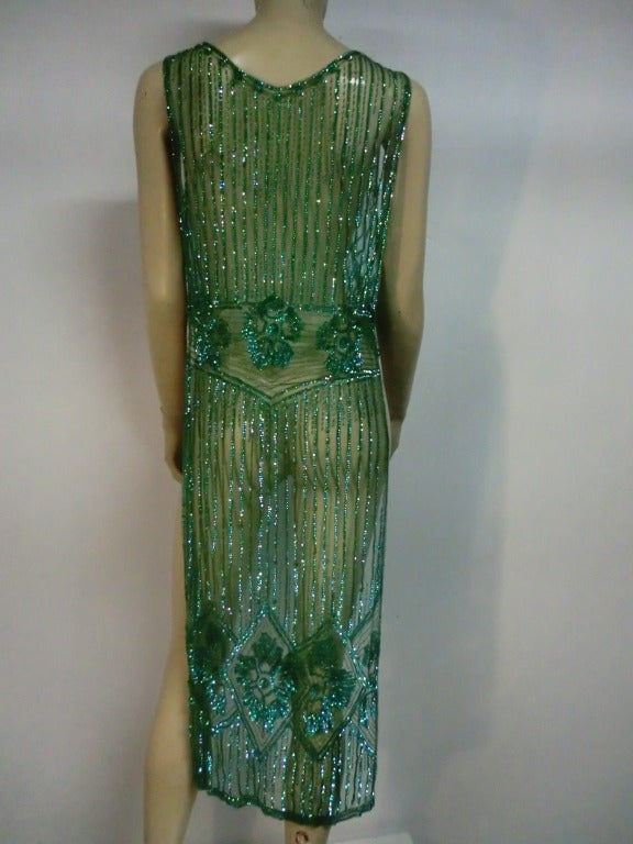 1920's Art Deco Vivid Green Sequined Tabard Style Evening Piece 4