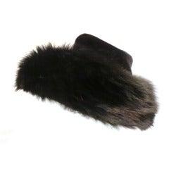 1960s Emme Velvet and Fox Fur Flowerpot Shaped Hat