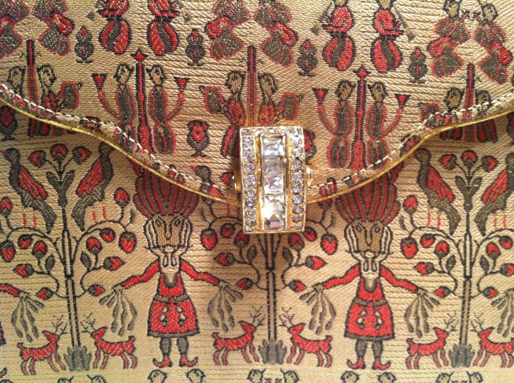 1930s Figural Silk Brocade Clutch with Rhinestone Clasp and Gold Piping 5