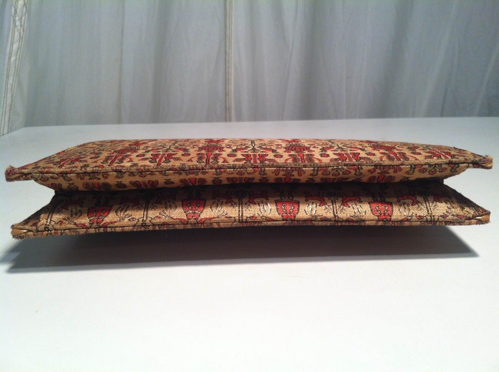 1930s Figural Silk Brocade Clutch with Rhinestone Clasp and Gold Piping 6