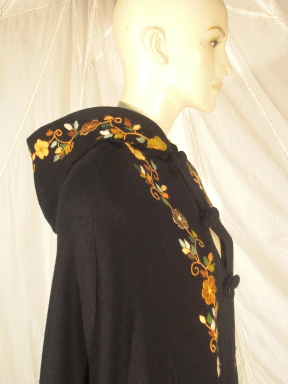 1970s Lightweight Wool Cape with Lovely Crewel Work Back Panel and Hood 8