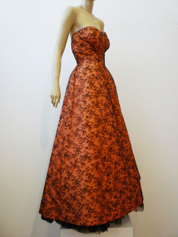 Couture Dior 1950s Silk Taffeta and Lace Ballgown 9