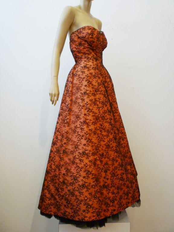Couture Dior 1950s Silk Taffeta and Lace Ballgown 9