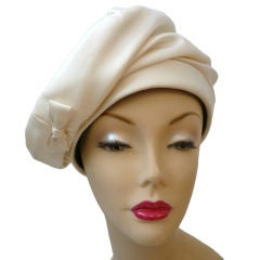 Smart Lilly Dache 50s  Ivory Silk Toque