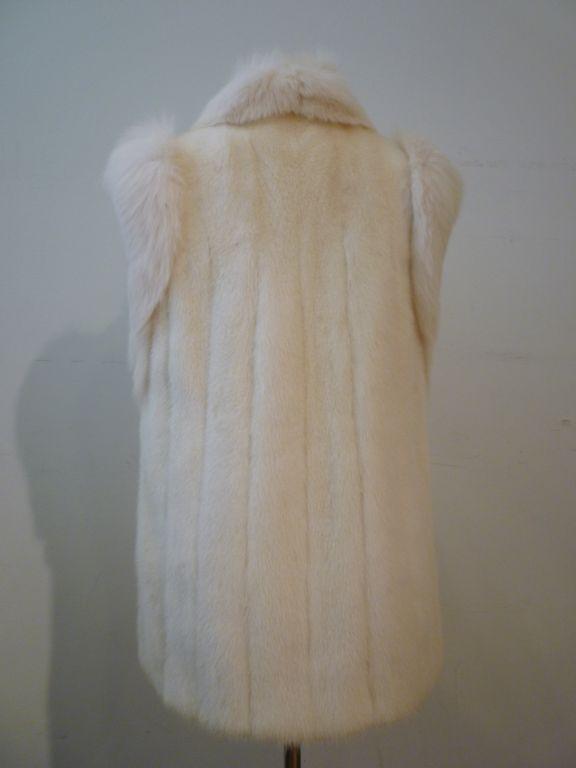 Women's Oscar De la Renta Reversible White Mink Fox and Leather Vest For Sale