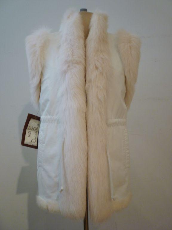 Oscar De la Renta Reversible White Mink Fox and Leather Vest For Sale 1