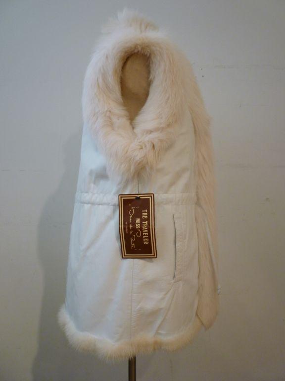 Oscar De la Renta Reversible White Mink Fox and Leather Vest For Sale 2