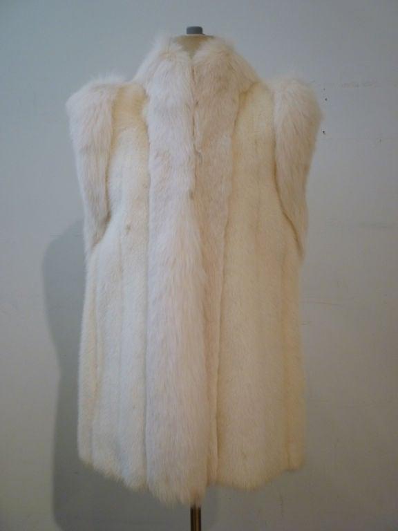 Oscar De la Renta Reversible White Mink Fox and Leather Vest For Sale 5