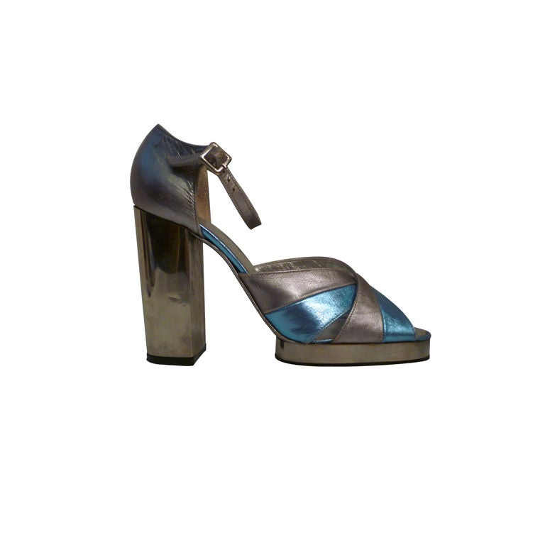 Fab Walter Steiger Disco Platform Sandal in Metallic Leather For Sale