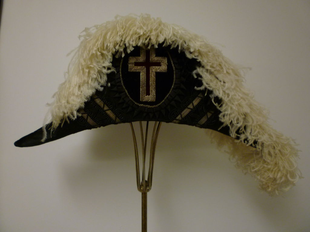 Antique Admiral  Hat with Elaborate Ostrich Feather 7