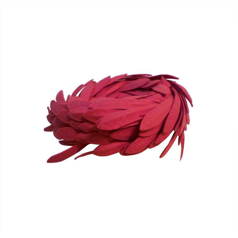 Fantastic 40s Fuchsia Felt Bird's Nest Hat 1