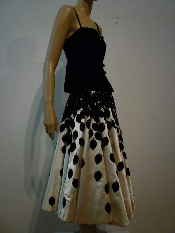 1950s Couture Satin Circle Skirt w/ Leaf Applique 2