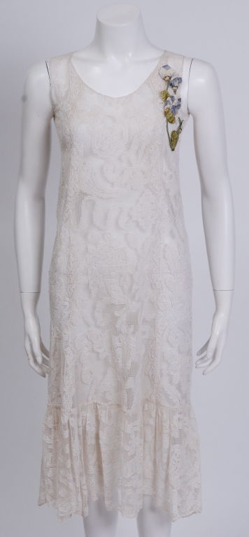 Embroidered Lace Dress 5