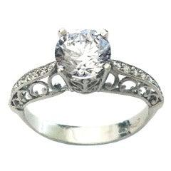 Dalben 1.54 Carat Round Brillant Diamond Gold Engagement Ring