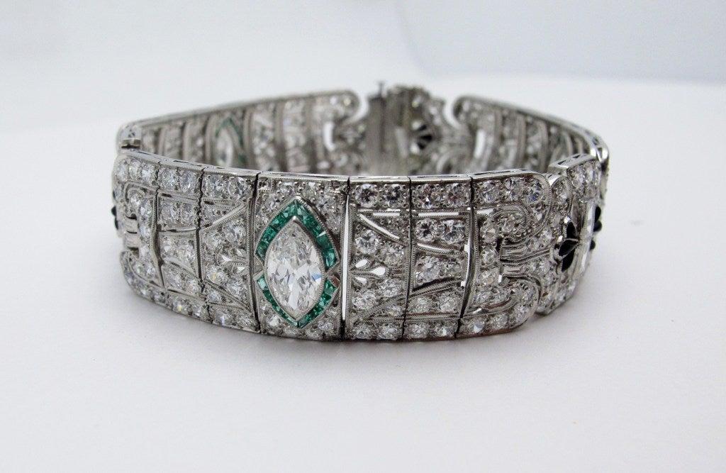 Art Deco Diamond Emerald Platinum Bracelet In Excellent Condition For Sale In Santa Fe, NM