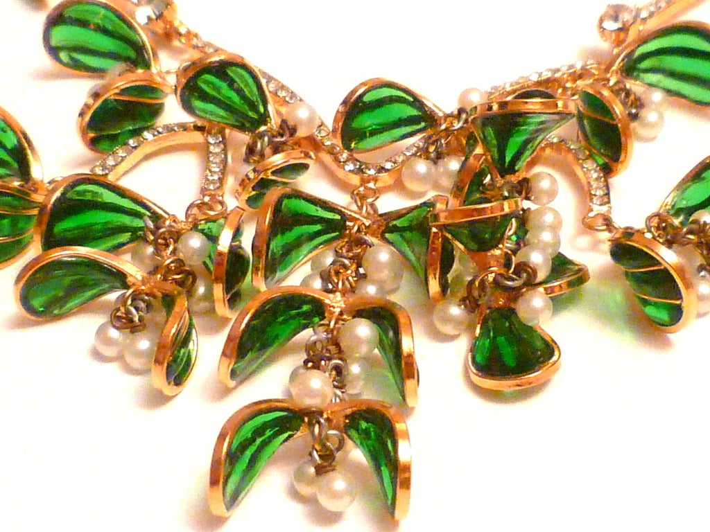 NIna Ricci Défilé Haute Couture Necklace Winter 1986 In As new Condition For Sale In New York, NY