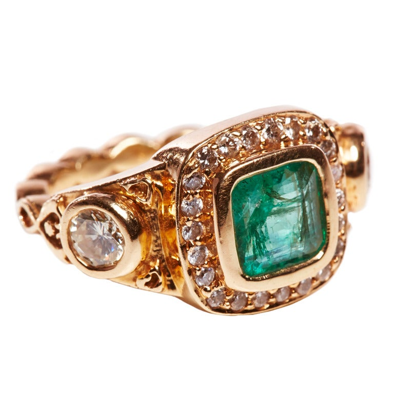 Jade jagger emerald diamond cushion cocktail ring at 1stdibs for Cocktail jagger