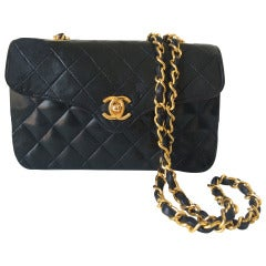 Vintage Chanel Mini Classic shoulder Bag