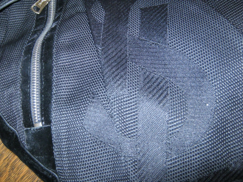 Yves Saint Laurent RG Classic Pleated Hobo Handbag For Sale at 1stdibs