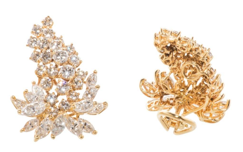 Women's Stunning Diamond Cluster Earrings For Sale