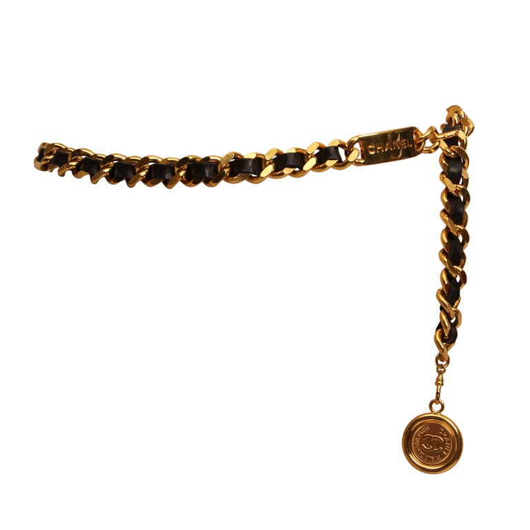 Chanel 1995 black leather and gold metal chain belt 1