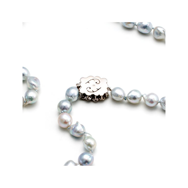 Silver Blue Cultured Pearl Baroque Gold Necklace  In Good Condition For Sale In Stamford, CT