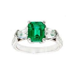 Art Deco Natural Emerald And Diamond Ring