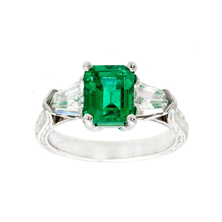 Art Deco Natural Emerald And Diamond Ring For Sale at 1stdibs