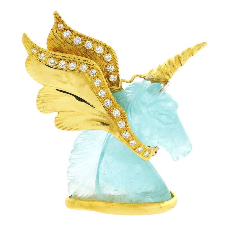 Peter Suchy Natural Carved Aquamarine Gold Unicorn Pin 1