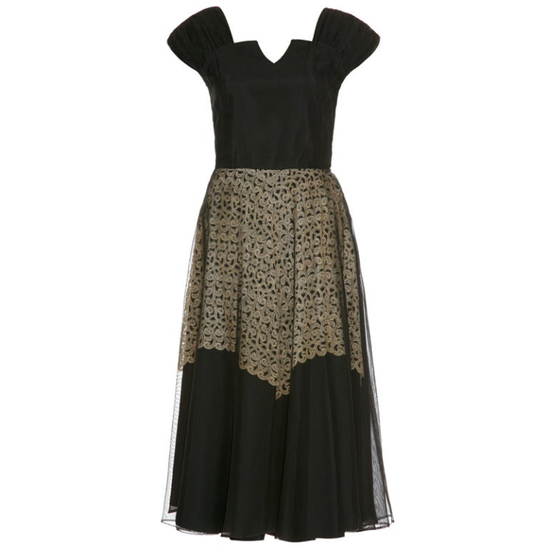 1940's Black Dress With Cream Lace Underlay 1